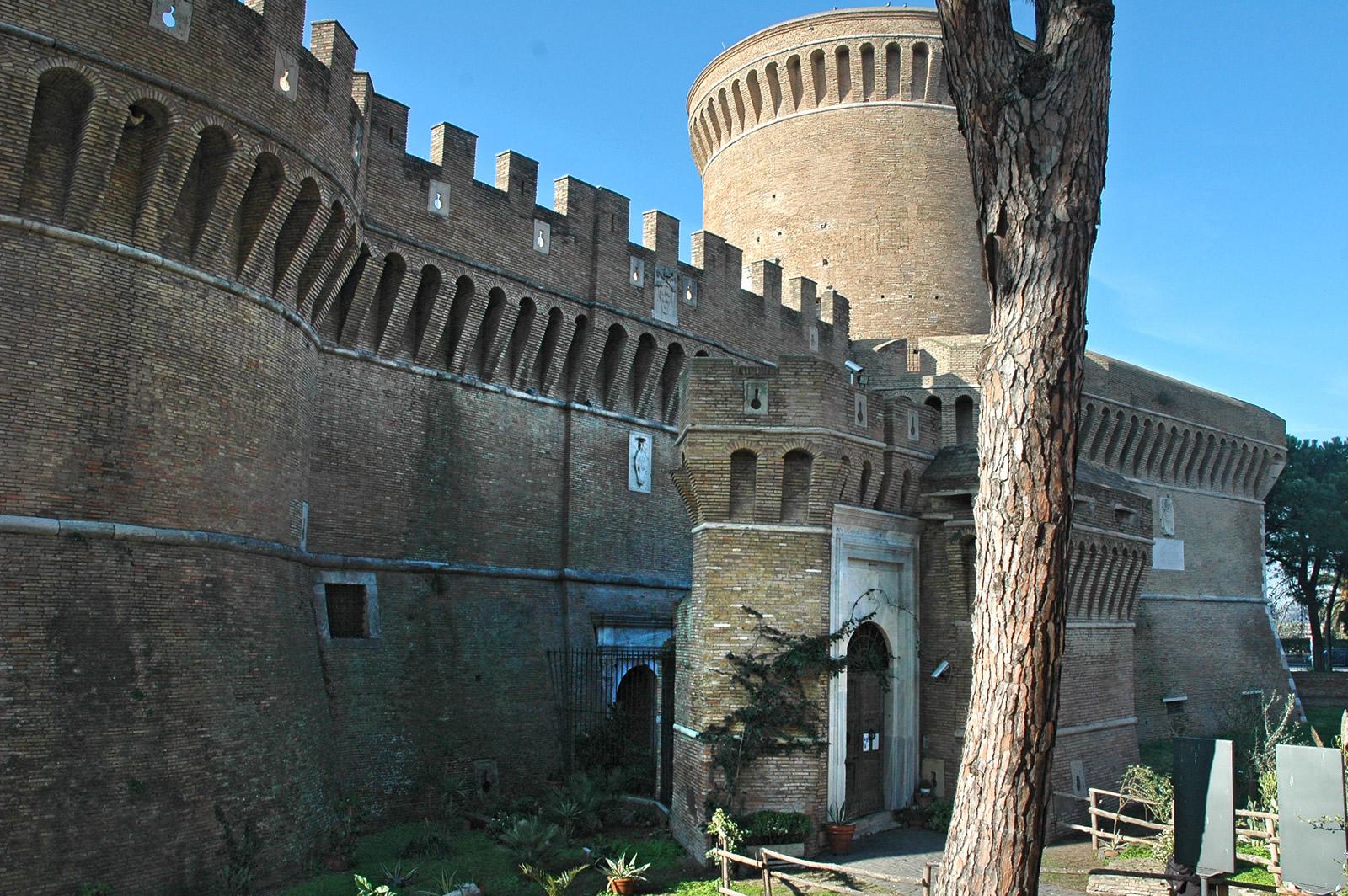 Rocca di Ostia o Castello di Giulio II