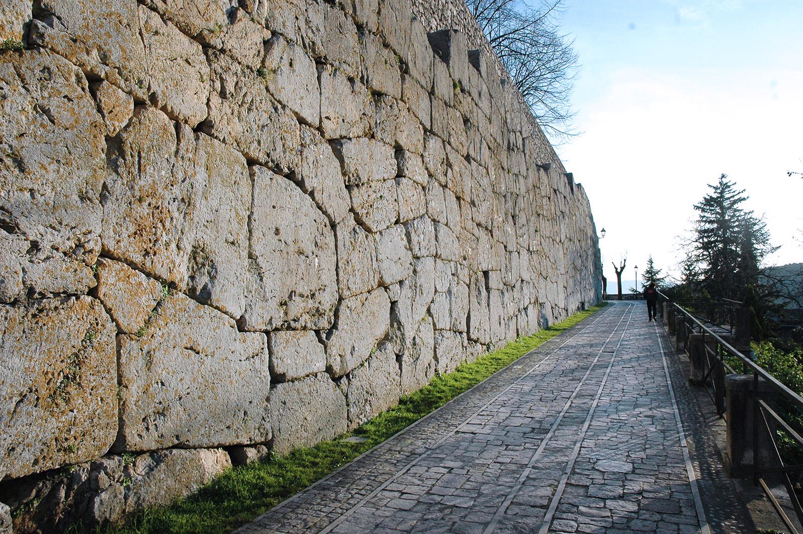 Alatri, Mura Ciclopiche