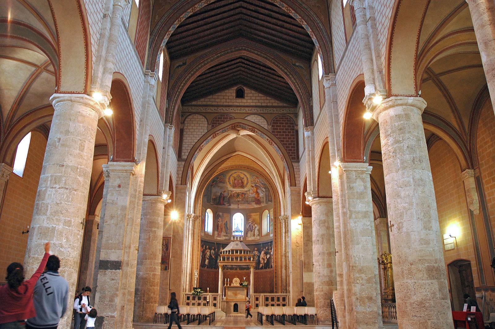 Anagni, interno del Duomo