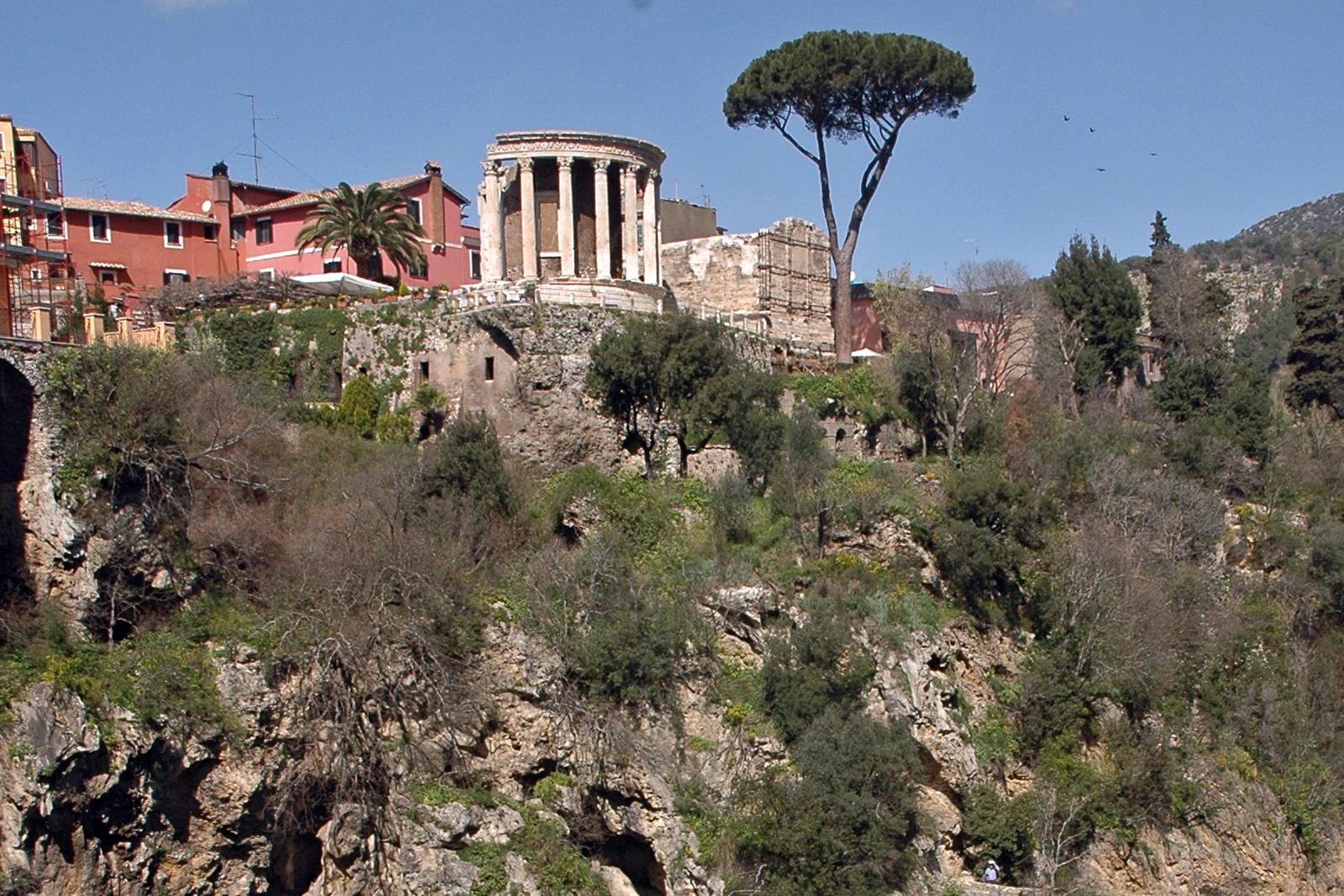 Tivoli, Tempio di Vesta