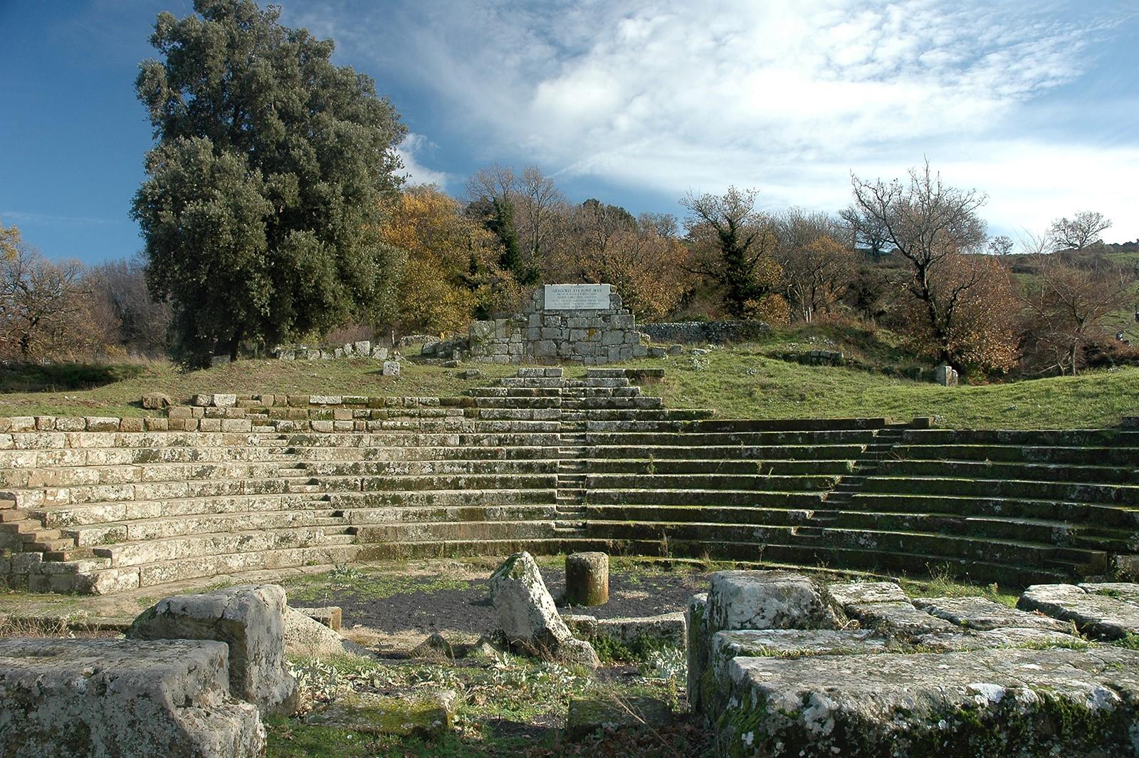 Tuscolo, Teatro Romano