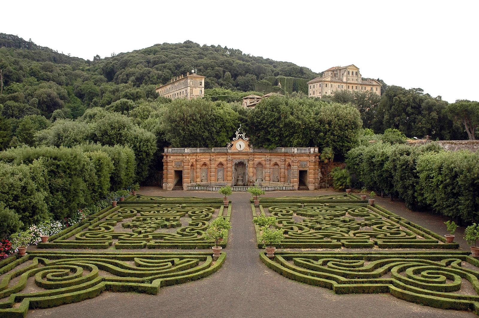 Villa Lancellotti, Giardino all'Italiana