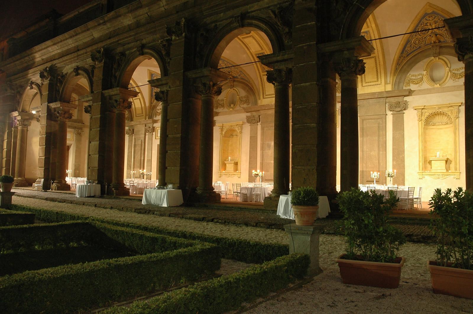 Villa Mondragone, Portico del Vasanzio