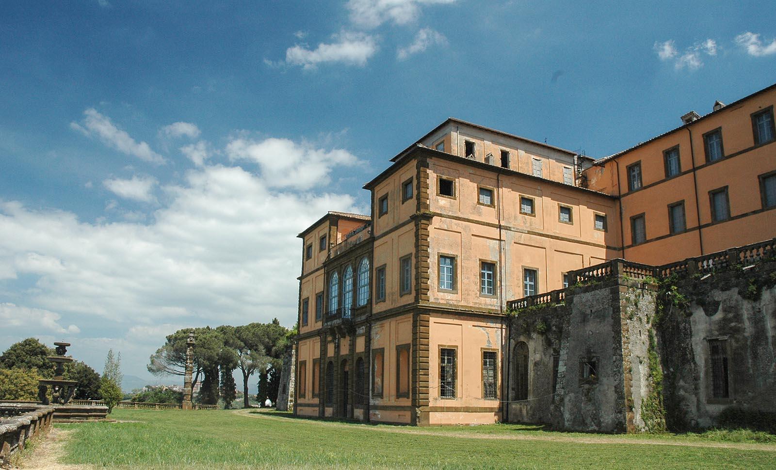 Villa Mondragone. La più grande delle Ville Tuscolane